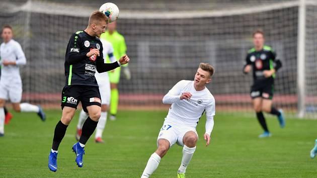Rezerva Slovanu doma porazila béčko Hradce 4:1. Vpravo liberecký Dominik Gembický.