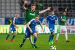Zápas 26. kola první fotbalové ligy mezi týmy FK Jablonec a FC Slovan Liberec se odehrál 29. dubna na stadionu Střelnice v Jablonci nad Nisou. Na snímku v modrém je Petr Ševčík.