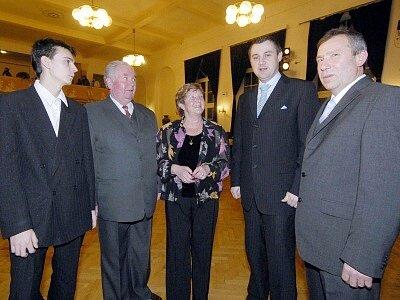 Prezentace nejdůležitějších událostí ve městě a regionu v roce 2007 bylo hlavní částí programu  6. Společenského večeru města Hrádku nad Nisou. Text: Jan Král