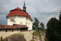 Skalní hrad Valdštejn u Turnova.