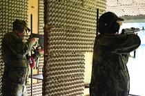 V Semilech se střílelo na počest vojáka, který se stal první obětí válečného konfliktu v novodobé historii.