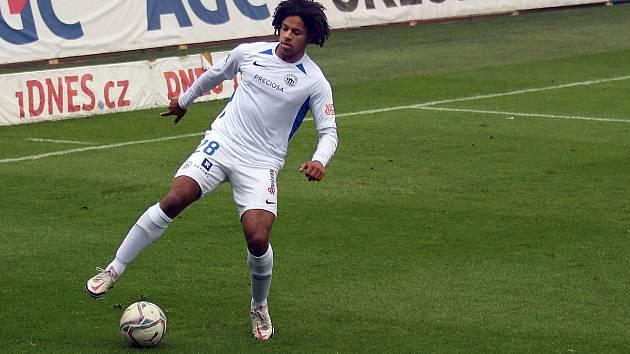 Liberecký fotbalista Kristian Michal během utkání v Teplicích.