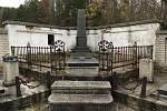 V Hejnicích můžete adoptovat opuštěný náhrobek.