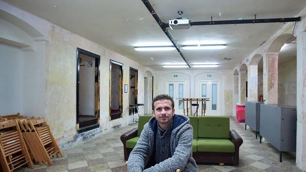 PETR HUBÁČEK jeden z členů spolku Zachraňme kino Varšava.