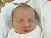 EMA PONCOVÁ Narodila se 4. října v liberecké porodnici mamince Petře Poncové z Raspenavy. Vážila 2,48 kg a měřila 47 cm.