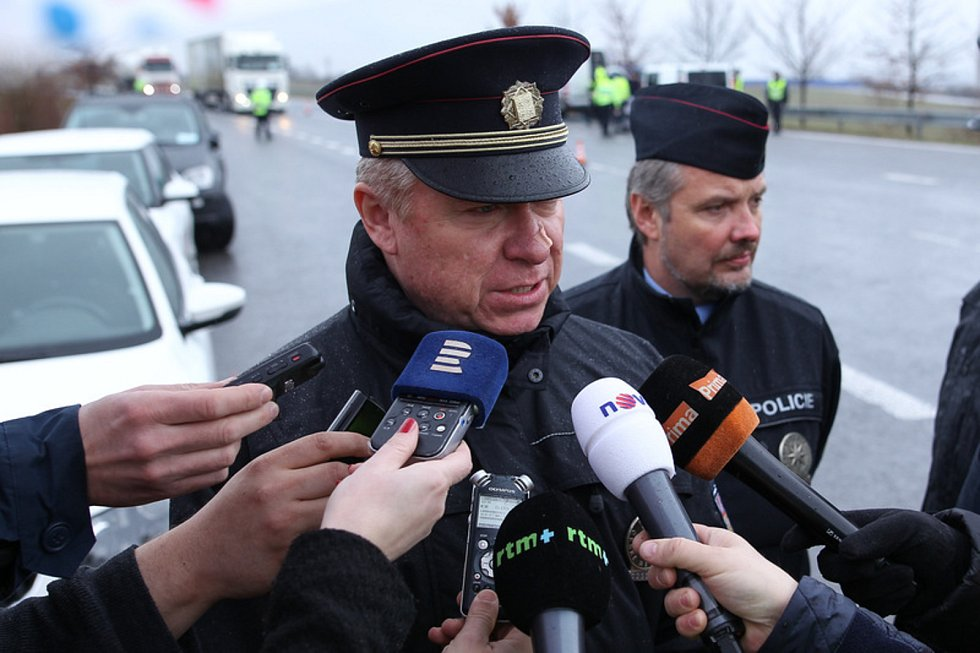 Vladislav Husák  - Ředitel policie Libereckého kraje.