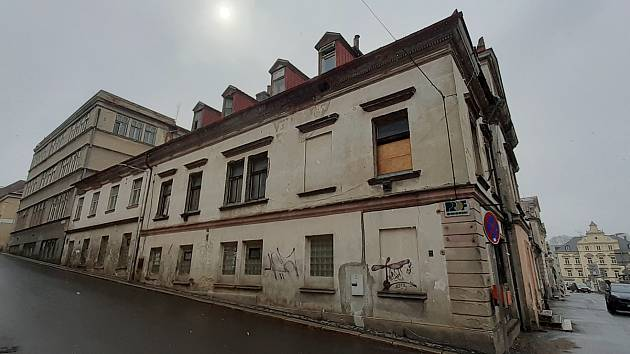 Areál v centru města koupil novy majitel, který tam chce vybudovat byty a komerční prostory.
