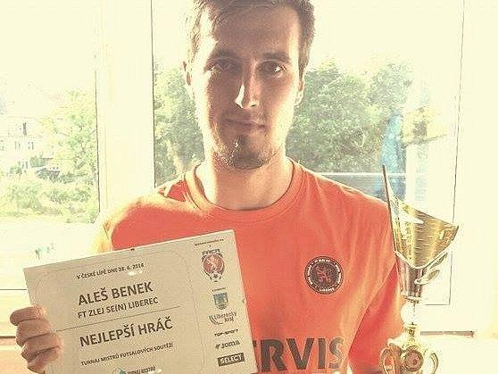 Zlej se(n) Liberec doplatil na penalty. Nejlepším hráčem turnaje byl vyhlášen liberecký Aleš Benek.