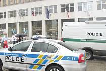 Palác Dunaj policie evakuovala