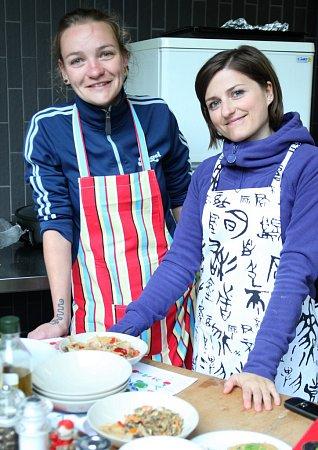 Vegetariánské občerstvení na DrinkARTu ve vratislavických Desítkách
