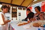 Na libereckém náměstí se uskutečnil festival s názvem Liberec - jedno město pro všechny. Lidé tu mohli ochutnat pokrmy z různých koutů světa.