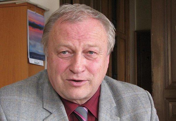 Současný starosta Antonín Samek.