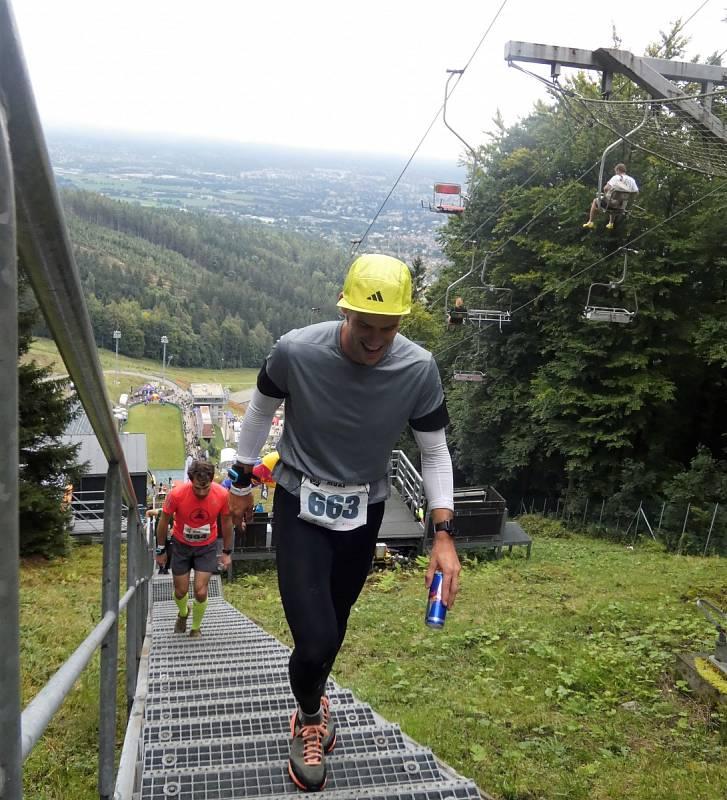 Extrémní běh do můstku - Red Bull 400 2021 v Liberci