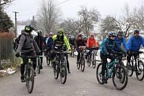 Na start závodu horských kol Po stopách Jacka Ferneta se v Příbrazi postavilo celkem 261 závodníků.