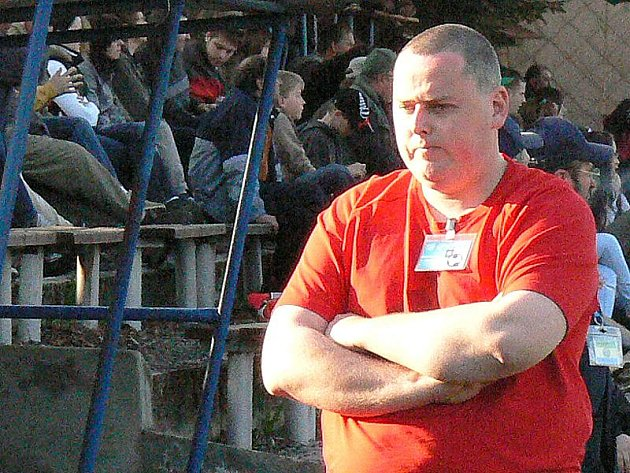Trenér Miroslav Zeman na vlastní žádost skončil své působení u fotbalistů Kunžaku.
