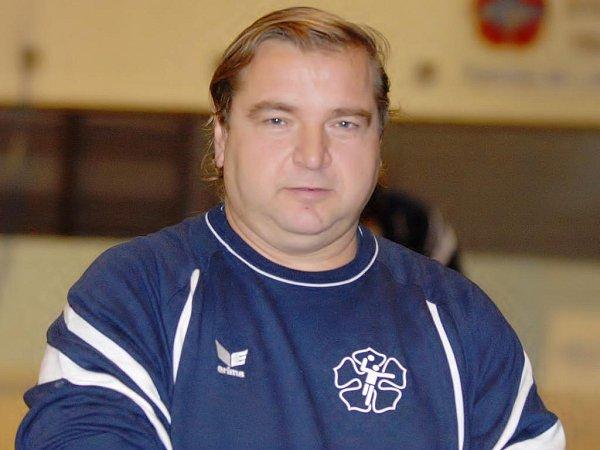 Asistent trenéra třeboňských házenkářů Karel Petržala.