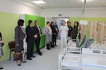 Otevření nových prostor se uskutečnilo ve čtvrtek 28. března odpoledne za účasti vedení nemocnice i radnice.