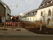 Rekonstrukce ulice Václavská postoupila do druhé etapy.