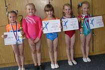 Sportovní gymnastky Slovanu J. Hradec: zleva Linda Michalisková, Eliška Vychodilová, Amélie Mertová, Zuzana Šímová a Nela Maryšková.