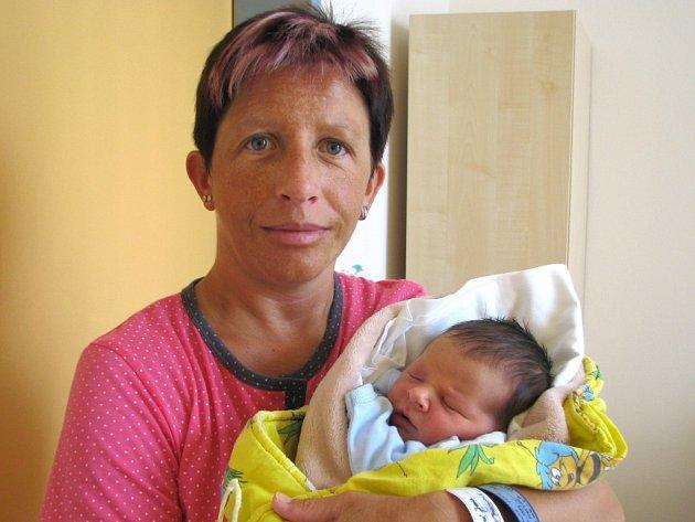 Matyáš Vítů se narodil 26. července ve 2 hodiny a 50 minut Janě Ženíškové a Pavlovi Vítů z Jindřichova Hradce. Vážil 3100 gramů a měřil 47 centimetrů.