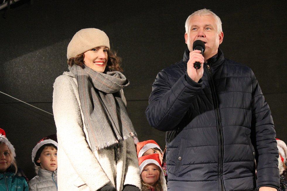 Česko zpívá koledy 2019 v Jindřichově Hradci.