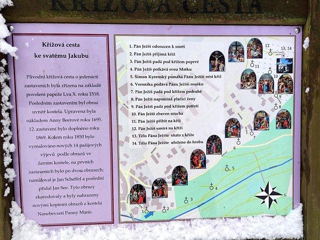 Křížová cesta ke kostelu svatého Jakuba vJindřichově Hradci.