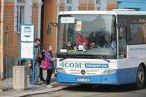 Pravdova ulice je jedním z důležitých dopravních uzlů pro autobusy. Ilustrační foto.