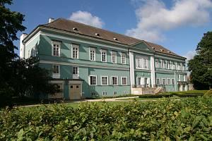 Zámek v Dačicích. Ilustrační foto.