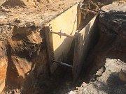 Stavba kanalizace i opravy silnic budou komplikovat dopravu v Suchdole a okolí i v létě.