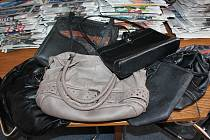 V redakci Jindřichohradeckého deníku přibyly další kabelky.