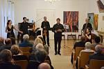 Benefiční koncert pro Laďku Kozderkovou.