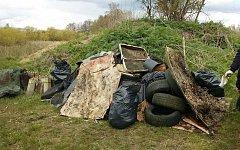 O víkendu se dobrovolníci vydají do přírody v rámci akce Ukliďme Česko. Ilustrační foto.