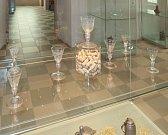 Výstava na Státním zámku Dačice přibližuje neřesti šlechticů.