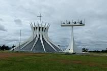 Putování Josefa a Mileny Andrle pokračuje návštěvou brazilského hlavního města.