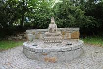 Meditační park Zahrada soucitu v Třeboni.