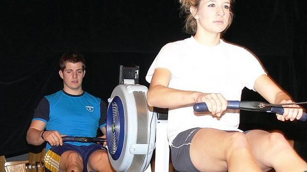V kategorii mladších mixů si při 7. ročníku Jindřichohradeckých sprintů Mirka Strejčka počínali nejlépe třeboňská Hana Janátová a veslař pořádajícího Vajgaru Jan Navrátil.