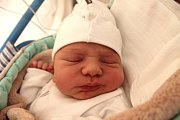 Lukáš Duba se narodil 19. dubna Anetě Brtníkové a Lukáši Dubovi z Peče. Měřil 51 centimetrů a vážil 3580 gramů.