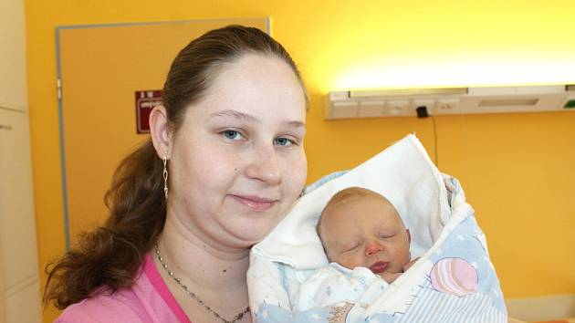 Štěpán Čuli se narodil 10. března v 15 hodin a 20 minut Elišce Koucké a Pavlovi Čulimu ze Staňkova. Vážil  2610 gramů a měřil  47 centimetrů.