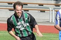 K oporám futsalistů novobystřických Lennyho Křídel patřil v okresním kole Poháru ČMFS ofenzivní štírek Jan Beneš, který jinak hájí barvy fotbalistů Slovanu J. Hradec v krajském přeboru.