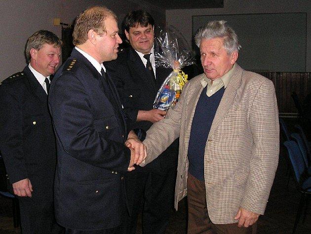 Českorudolečtí hasiči na výroční schůzi bilancovali rok 2009.