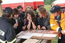 TESTY. Mladí hasiči museli splnit také testy z požární ochrany (na snímku).