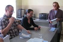 Volby v Číměři.