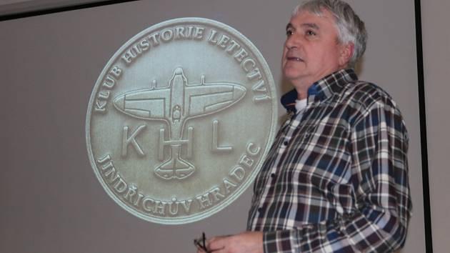 Přednáška o činnosti Klubu historie letectví v roce 2019.