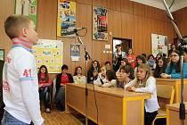 Okresní kolo pěvecké soutěže Jihočeský zvonek se konalo v 1. základní škole v Jindřichově Hradci.