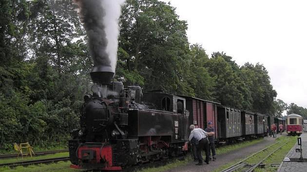 Parní vlak na jindřichohradecké úzkokolejce.