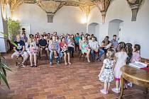 Další vítání občánků se v refektáři muzea fotografie uskutečnilo v pátek 21. června.