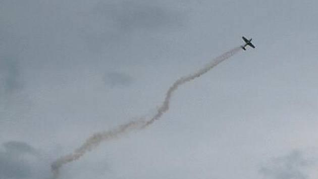 Nedělní soutěž Flymaster na jindřichohradeckém letišti se stala lákadlem pro veřejnost.