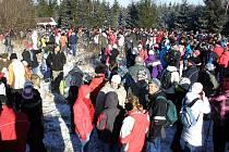 Nejméně čtyři tisícovky lidí se rozloučily s rokem 2011 na Javořici.