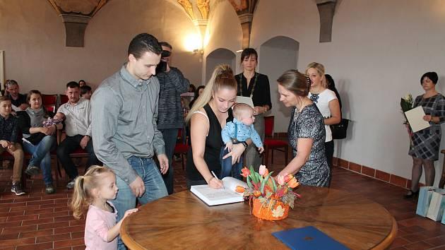 V pátek 1. března se v jindřichohradeckém Muzeu fotografie a moderních obrazových médií konalo vítání občánků.