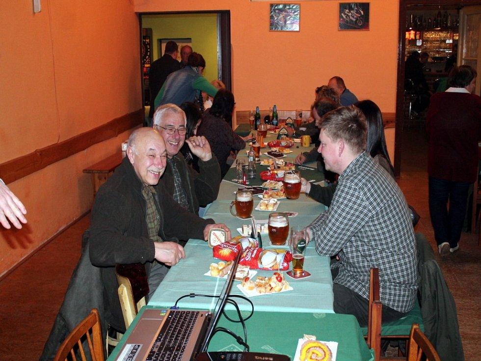 V Dolní Radouni myslivci uspořádali besedu o bobrovi evropském.